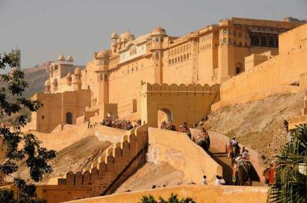 8 Days Golden Triangle Tour of Delhi, Agra, Ranthambore Wildlife Safari and Jaipur