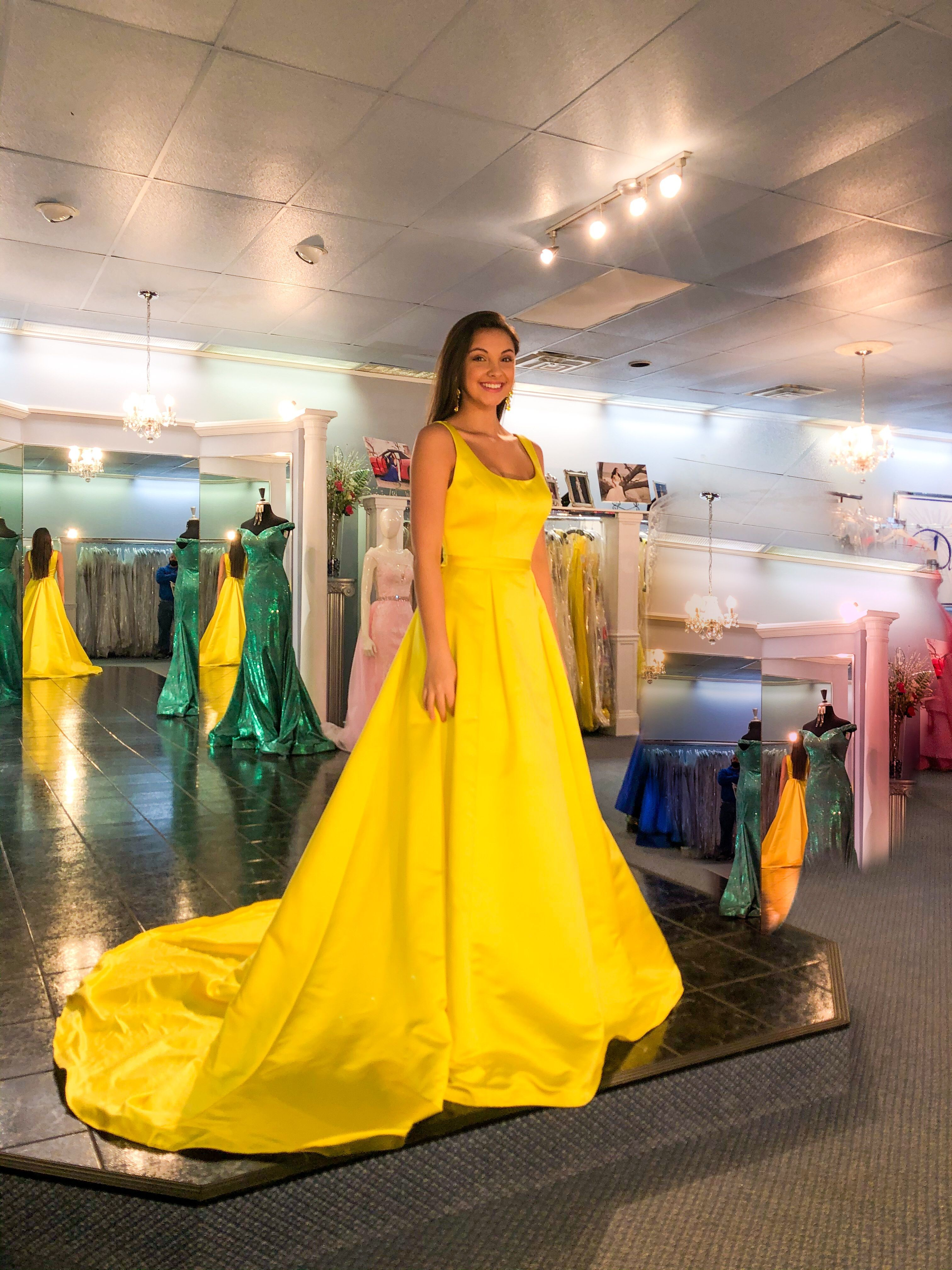 Dazzles Pageant & Prom Apparel
