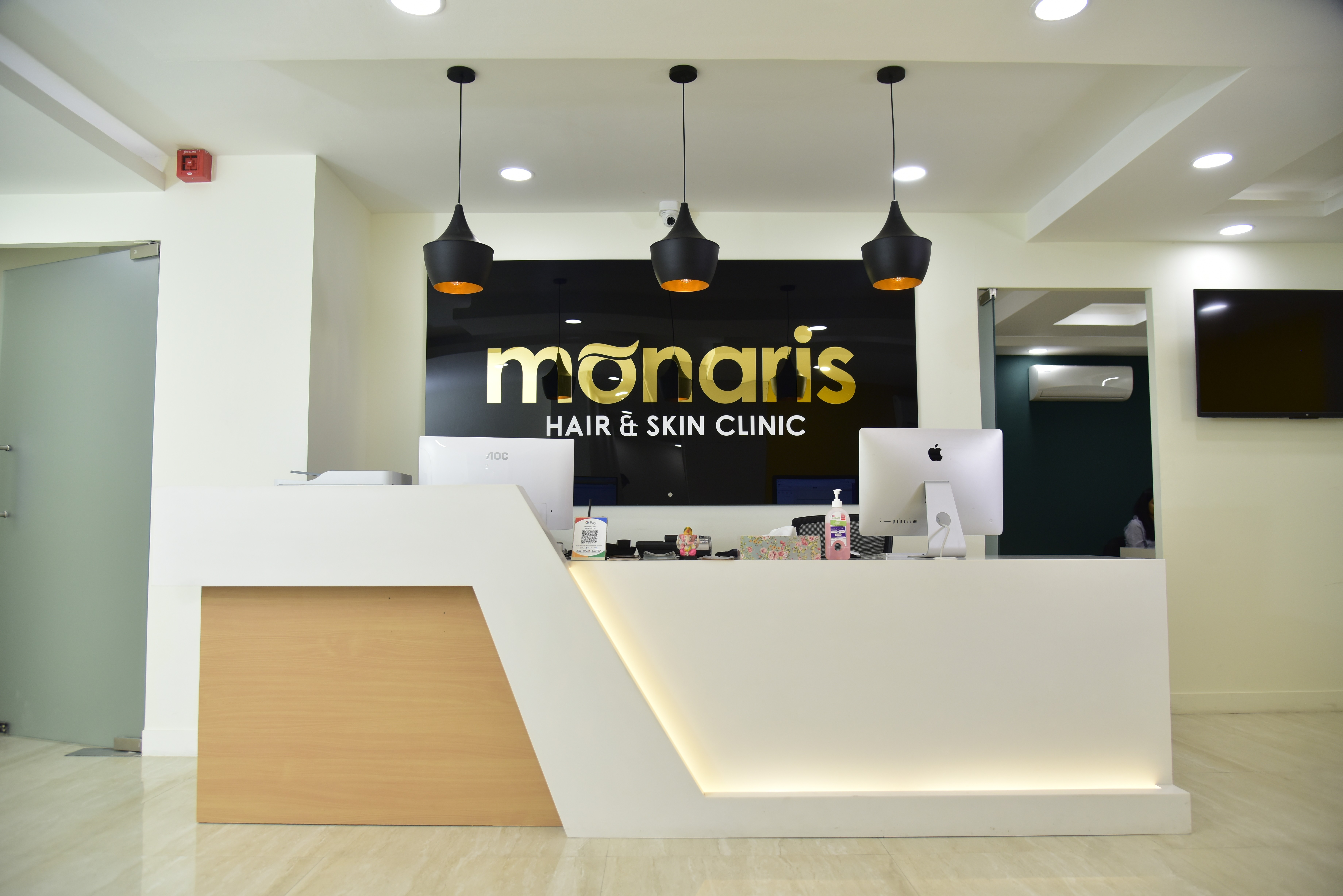 monaris skin and hair clinic