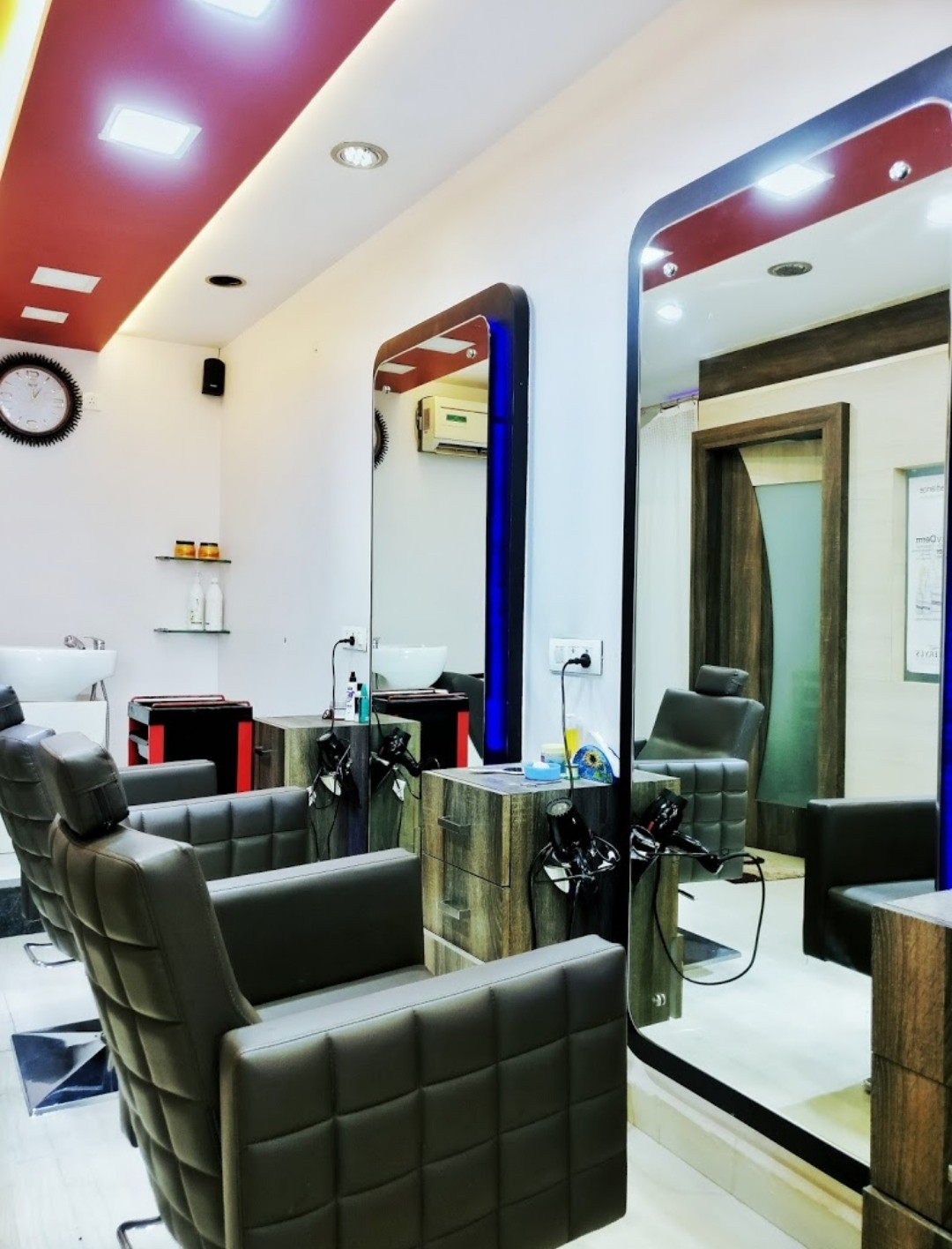 Facelook Beauty Salon