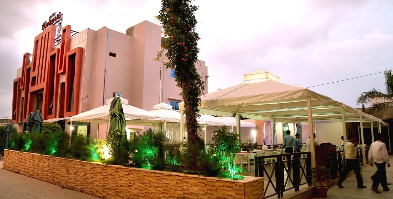 Hotel Shri Khedapati International