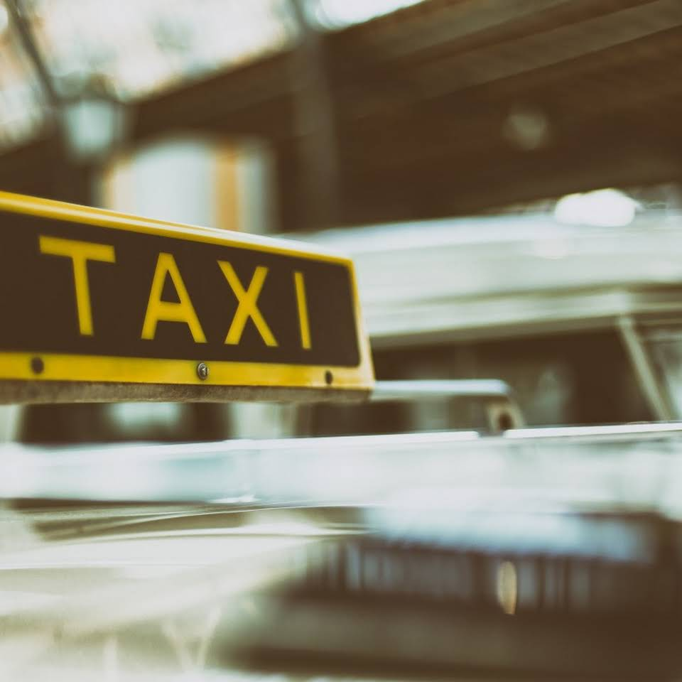 Fast Taxi Service