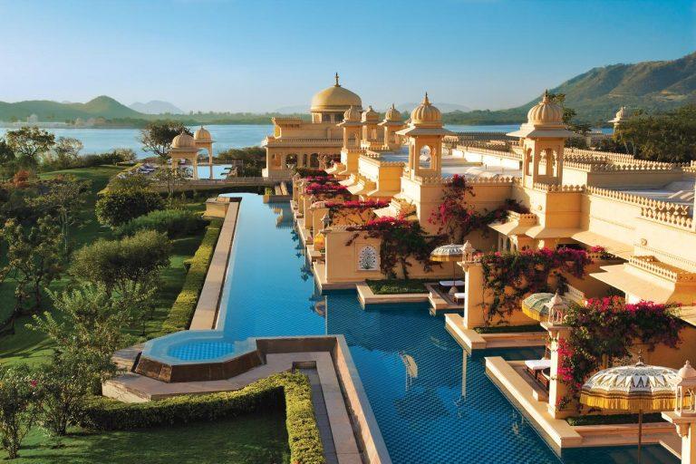Hotel Raj Empire