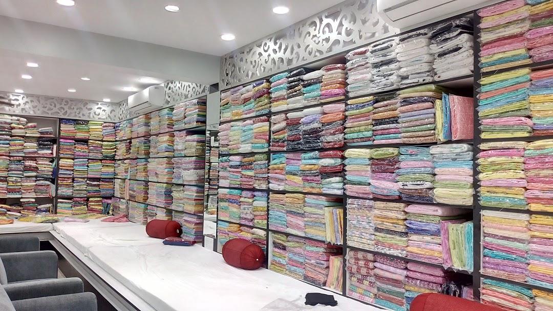 Nayaab Chikan Shop