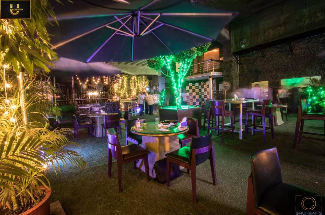 Underpass Cafe & Lounge